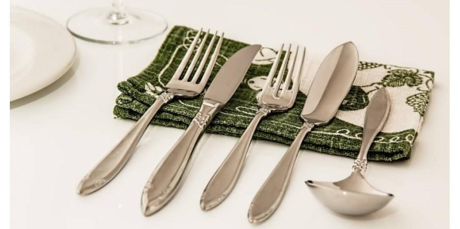 Kaip prižiūrėti nerūdijančio plieno stalo įrankius?